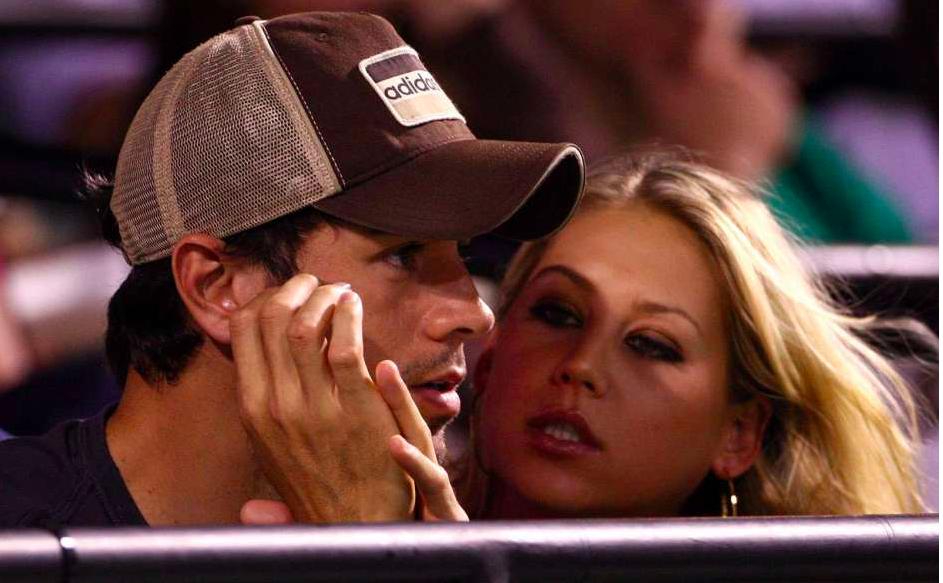 Enrique Iglesias presume que ahora tiene 'más sexo que nunca'
