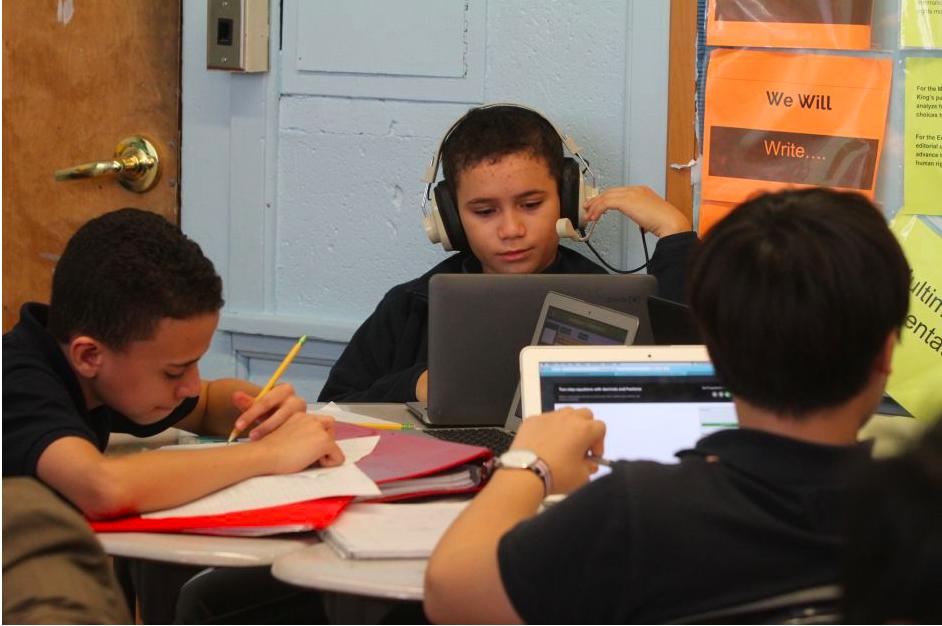 Este lunes se inicia el desafío de dar clases de manera remota a 1.1 millones de estudiantes de NYC